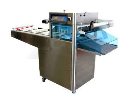 Tray sealers packing systems